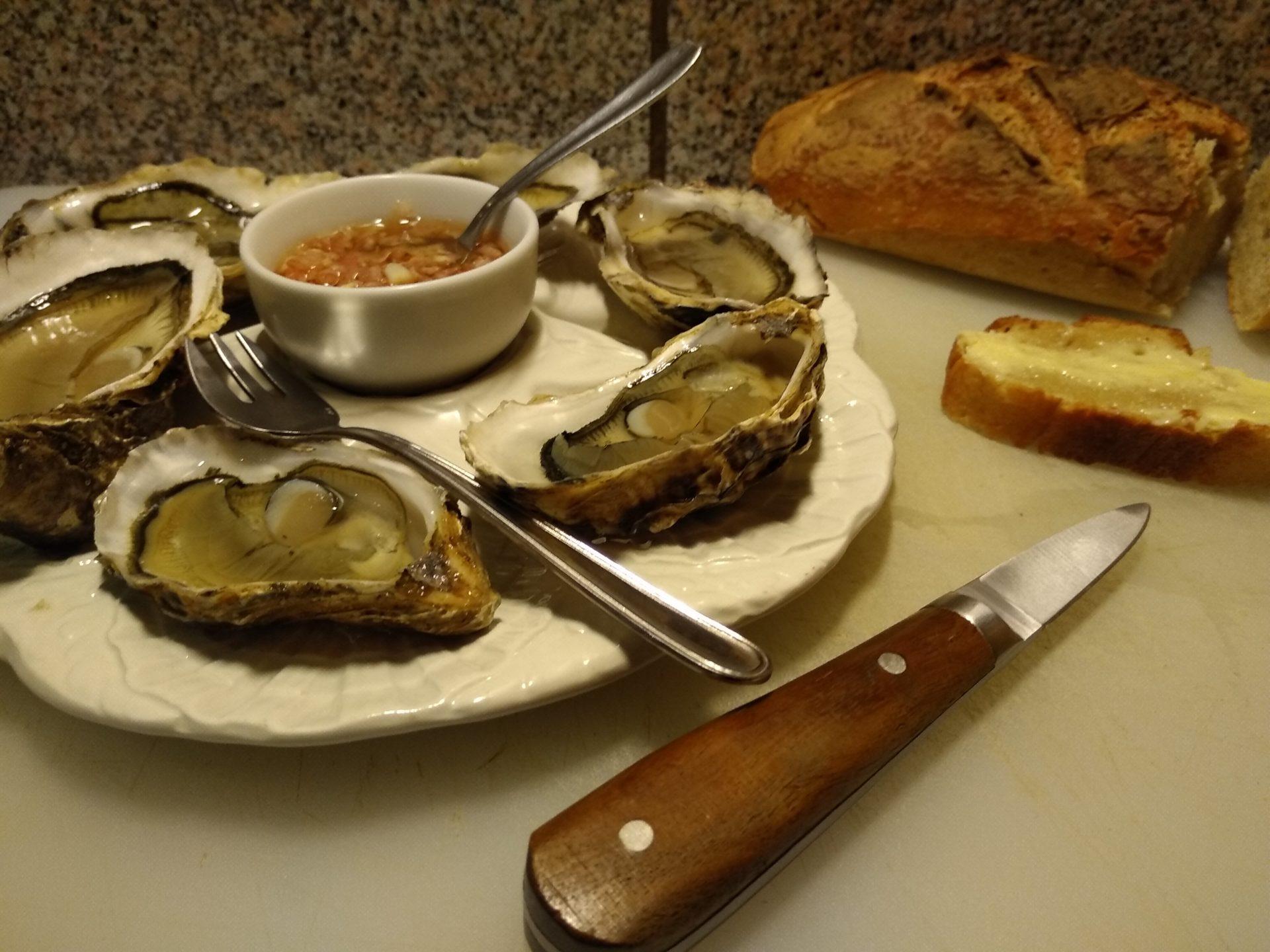 assiète huîtres vinaigre à l'échalottes